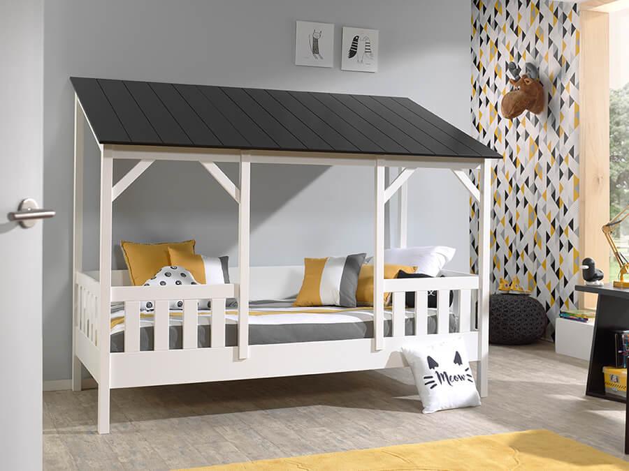 HB900318 Vipack Housebeds 03 zwart dak 1