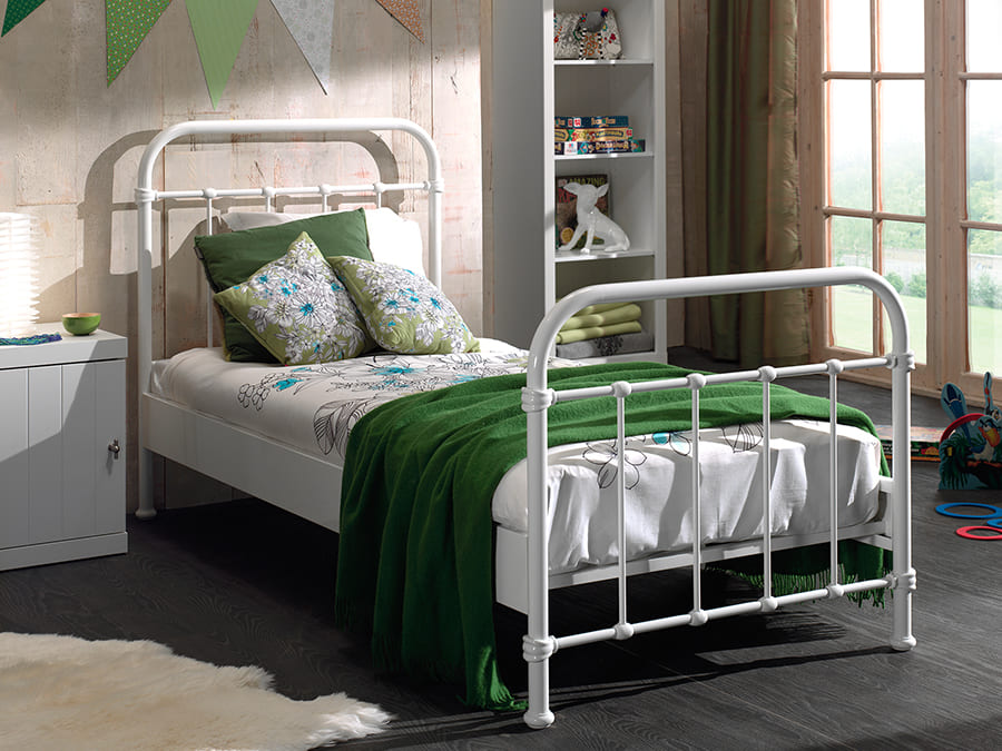 NYBE9014 Vipack New York metalen bed wit1