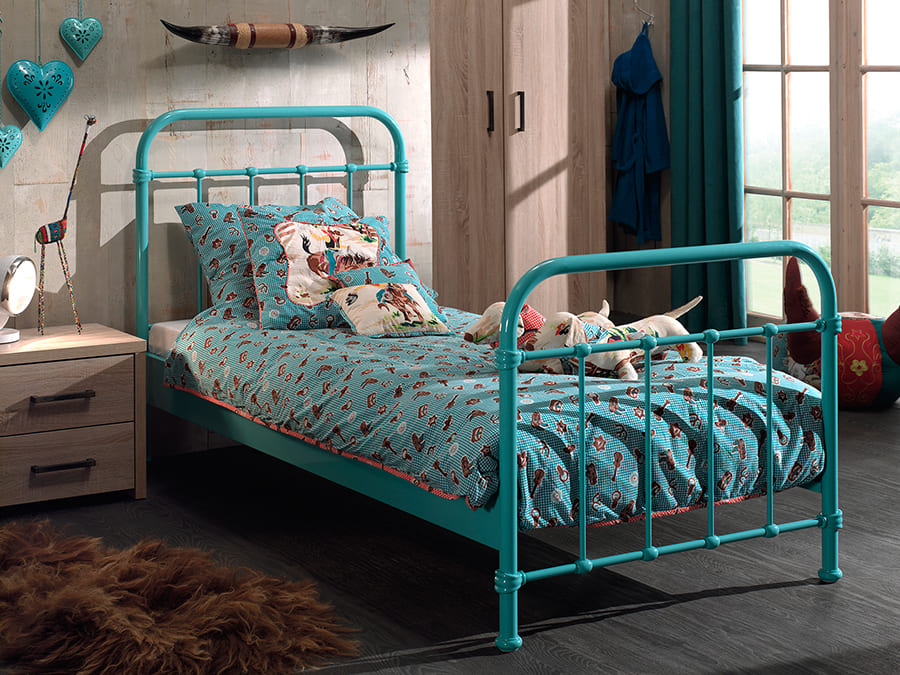 NYBE9094 Vipack New York metalen bed mint1