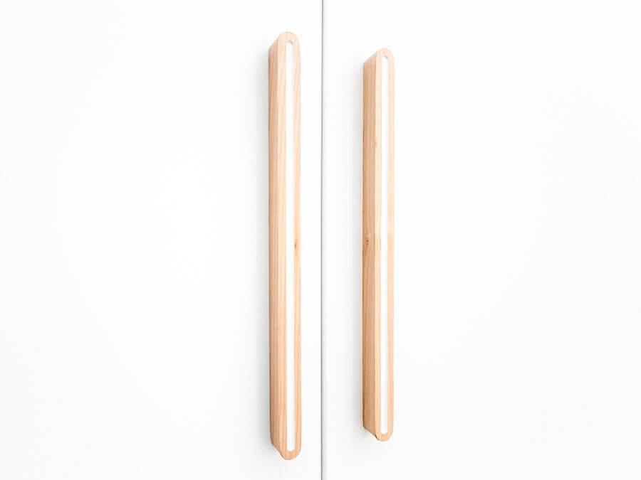 15617911-Bopita-Lisa-3-deurs-kledingkast-detail