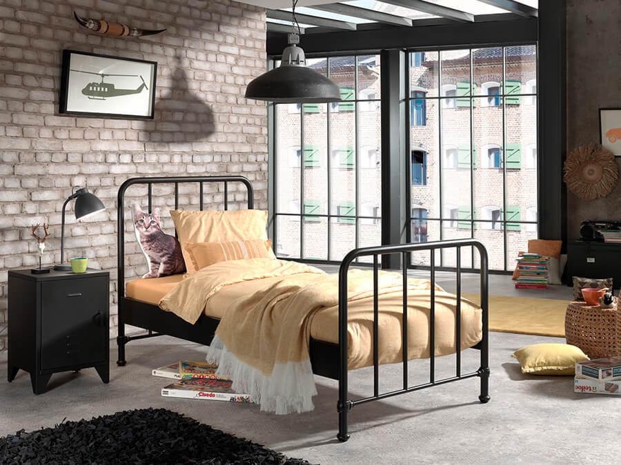 BRBE9007-Vipack-Bronxx-Bed-90X200-zwart-sfeer