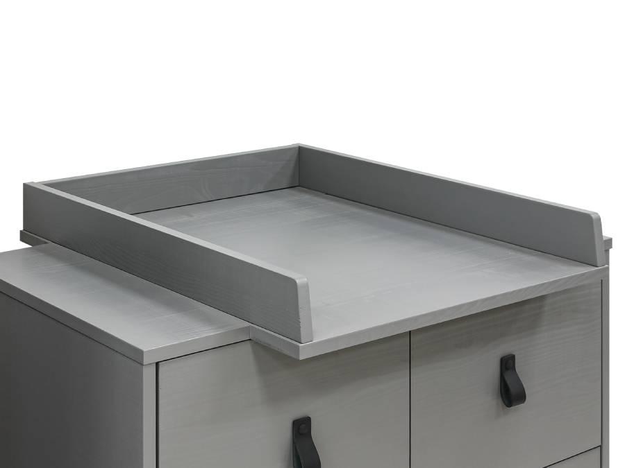 13709565-bopita-milo-barrier