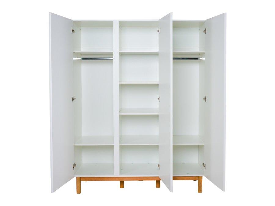 54044822XL Quax Mood 3 deurs kledingkast wit open
