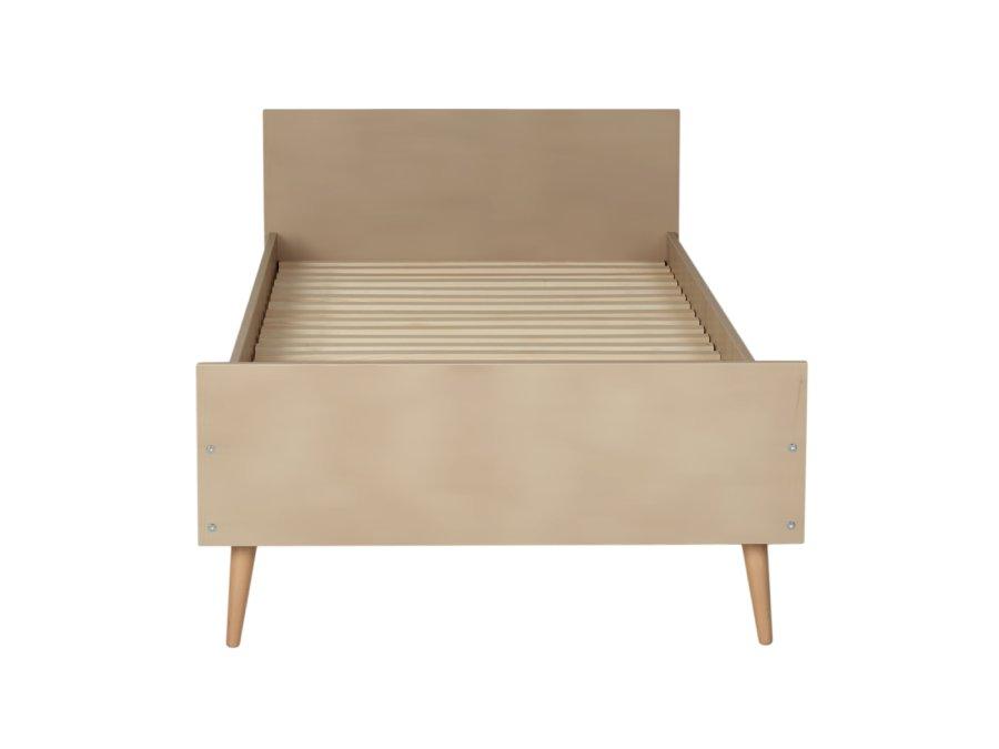 54F01 01XXL002 Quax Cocoon bed 90x200 Latte voetenbord